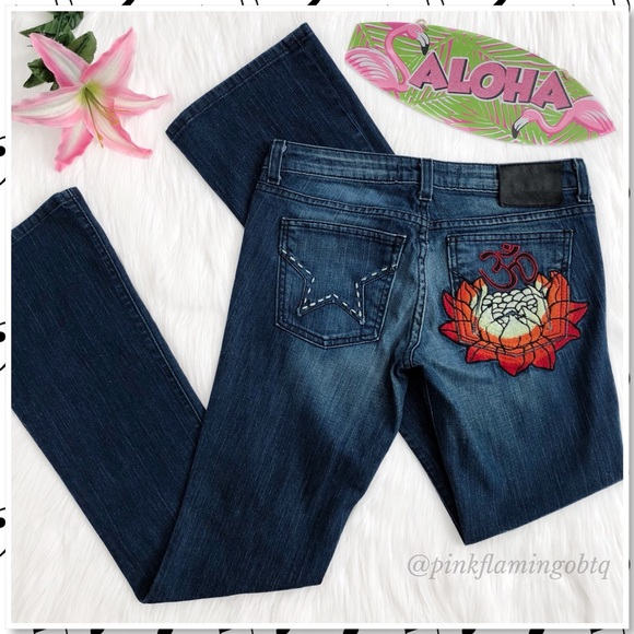 83e505aa7 People's Liberation x Tommy Lee Lotus Jean. M_5a5a8d9c3b1608e67127d799